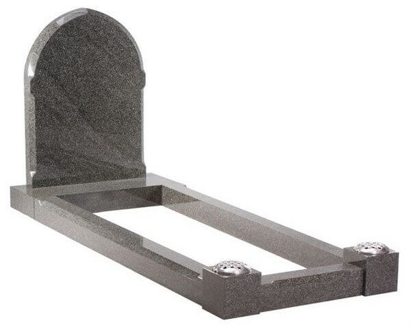 EC110 Traditional Headstone with Grave Surround