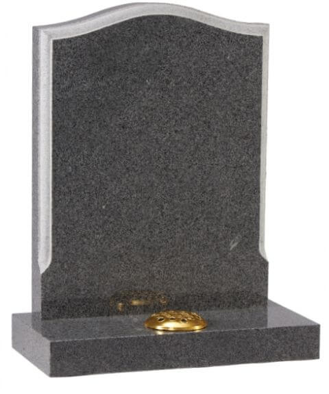 EC14 Moulded edge memorial