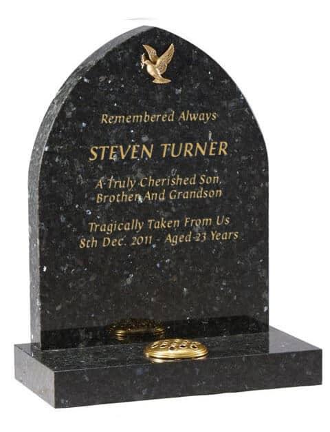 EC28 Bronze dove of Peace on Classic Headstone